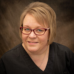 Pam, dental hygienist since 2019 and loves working with people and in the field of science and healthcare.